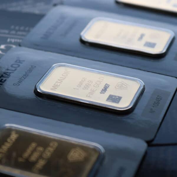 1 oz metalor guldbarre fra Schweiz- Investerings guldbarre fra Schweiz. Vitus Guld sælger investerings guldbarre til fordelagtige priser. Køb din guldbarre i dag.