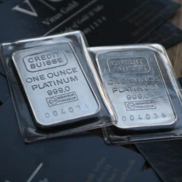 Vitus Guld webshop find eksklusive investeringsprodukter platin med brugtmoms gave investering økonomisk strategi spredning af aktiv TILBUD - 1 Oz Platin Bar 999,0 ‰ - Credit Suisse