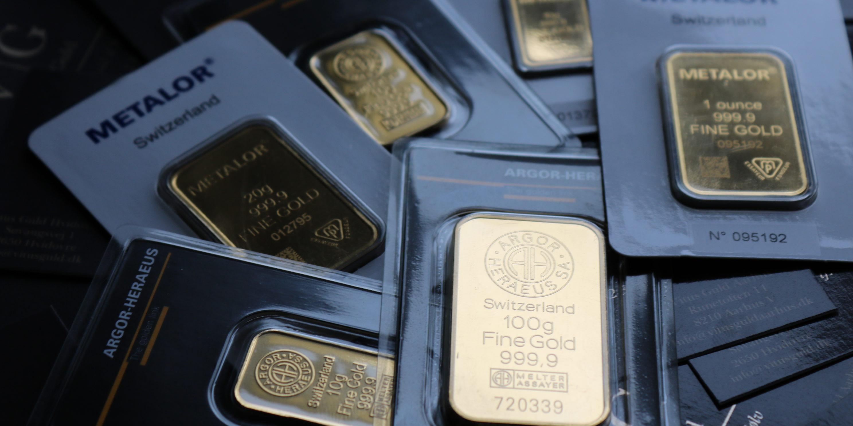 a1975870565 Guld køb guld som en sikker investering hos Vitus Guld. Vi forhandler  Guldbarre til fordelagtige priser