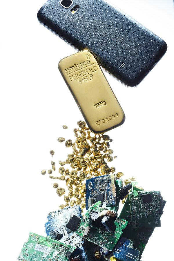 Umicore Guldbarre på 100 gr finguld/24 karat - Vitus Guld forhandler guldbarre til private og erhverv